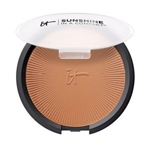 It Cosmetics Sunshine in a Compact Matte bronzer